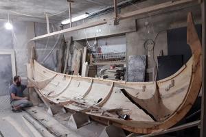 До берега івано-франківського озера пришвартують середньовічний корабель