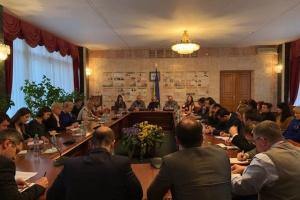 Денисова рассказала дипломатам и родственникам моряков о результатах судебных заседаний