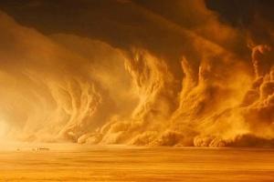 Єгипет накрила потужна піщана буря
