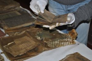 На Прикарпатье нашли уникальные документы УПА и шарж на Шухевича