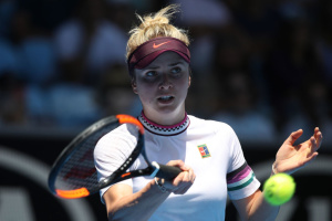 Svitolina reaches Australian Open quarterfinals for second straight year