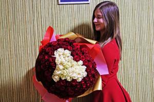 Цветы ко Дню влюбленных в Киеве: недорогоая доставка букетов