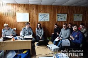 Канадские офицеры дали мастер-класс полицейским Прикарпатья