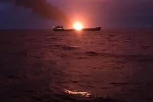 Пожежа на суднах у Керченській протоці: загиблих вже 14