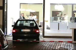 Берлинская полиция ищет грабителей ювелирного магазина