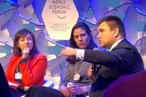 Klimkin en Davos habla sobre la desinformación rusa en Ucrania