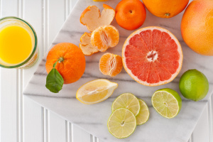 Цитрусові можуть вплинути на дію ліків – Супрун