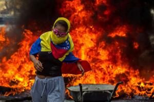 У сутичках із військовими на кордоні Венесуели та Бразилії загинула жінка