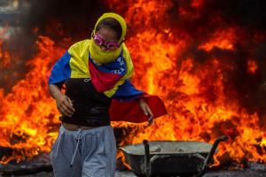 У Венесуелі зростає кількість жертв у сутичках з військовими