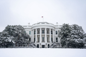 Белый дом возобновил подписку на крупнейшие издания СМИ США
