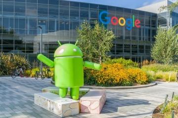 Facebook і Google дозволять співробітникам працювати з дому до кінця року
