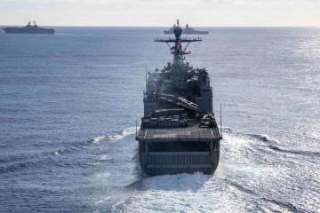 カナダ海軍のフリゲート「トロント」、オデーサ港に寄港