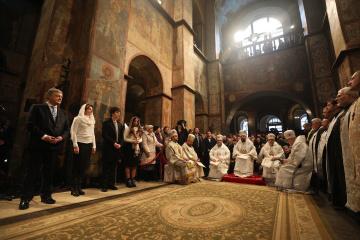 Українську православну церкву нарешті визволили з московської неволі - Президент