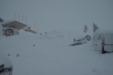 У Швейцарії на готель зійшла снігова лавина, є постраждалі