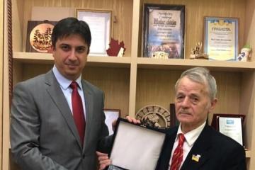 Crimean Tatar leader Dzhemilev meets with new Ambassador of Turkey to Ukraine