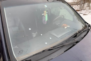 フリツェンコ大統領選候補者本部従業員の車両に銃撃