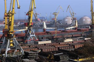 Українські хіміки відновили експорт аміаку