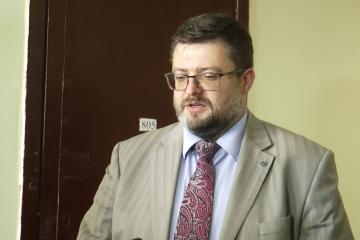 Адвокат Вишинського каже, що під час обшуків у нього нічого не знайшли