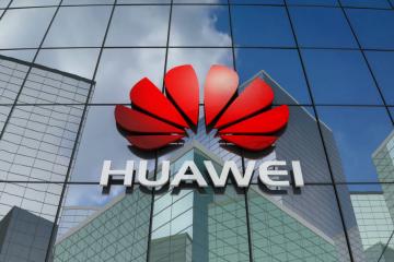 Huawei лишили доступа к приложениям Google