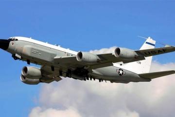 米国、被占領下クリミア周辺を偵察飛行