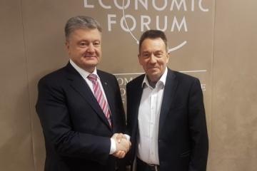 Poroschenko und IKRK-Präsident Maurer sprechen über Freilassung von Marinesoldaten