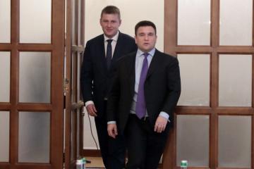 Ukrainisches Außenministerium gegen russische Wahlbeobachter