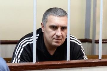クリミア政治囚のイェウヘン・パノウ氏、オムスク拘置所へ移送