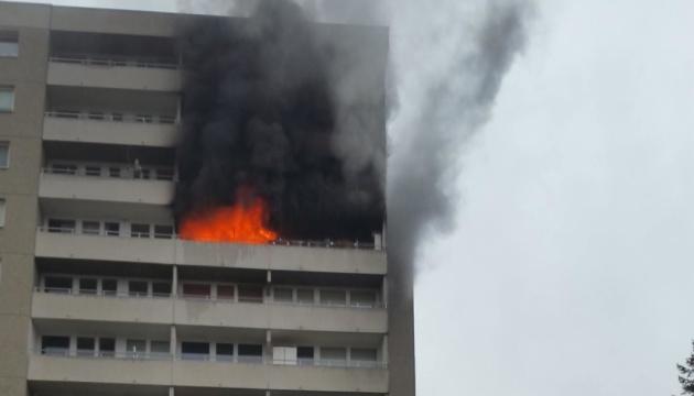 Пожар в берлинской многоэтажке: есть пострадавшие