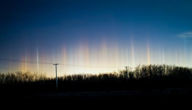 В Канаде наблюдали редкую световую природную аномалию
