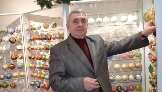 У США та Канаді зустріли Новий рік із ялинковими прикрасами з Тернопільщини