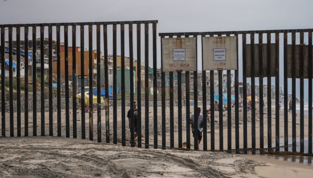 США закрили кордон з Мексикою