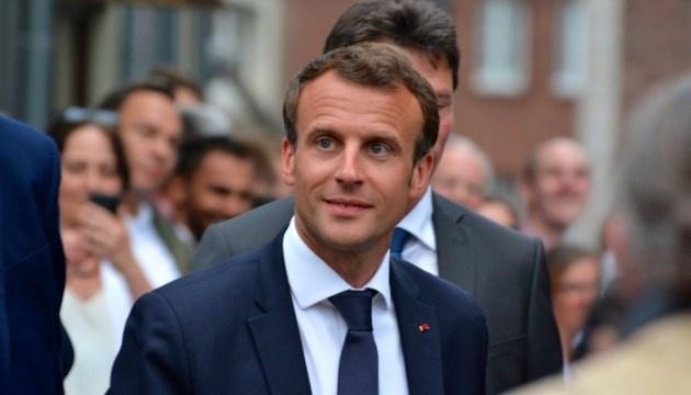 Macron calls on Putin to release captured Ukrainian sailors and vessels