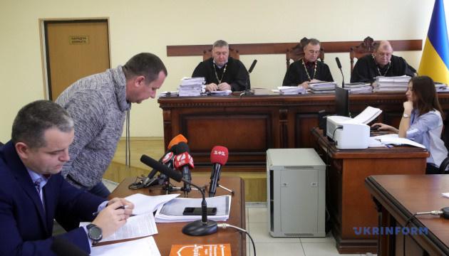 Суд залишив під арештом лікаря, який вимагав хабар в учасника АТО