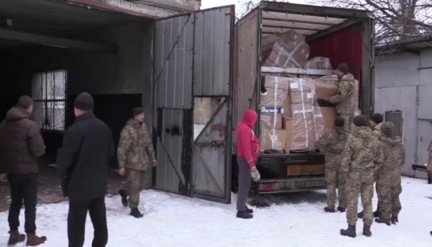 Francia ha enviado ayuda humanitaria a las instituciones médicas del Donbás (Vídeo)