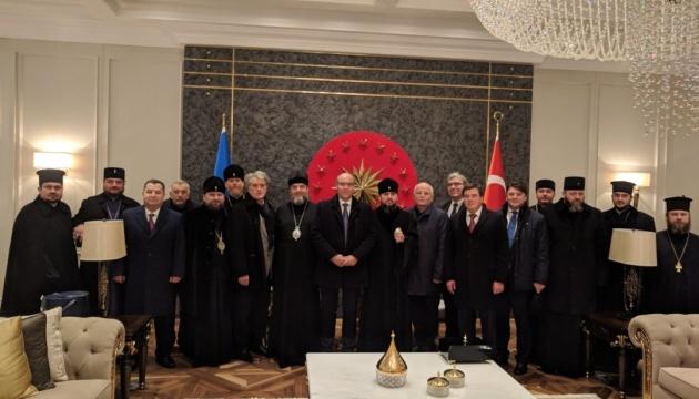 Присоединение приходов УПЦ МП к Единой церкви: Парубий надеется на закон в январе