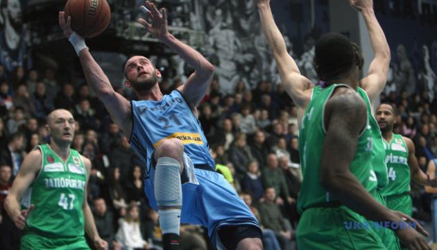 Баскетбол: «Днепр», «Одесса», «Политехник» и «Черкасские Мавпы» вышли в Финал четырех Кубка Украины