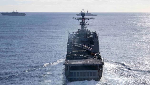 В Черное море направляется десантный корабль ВМС США