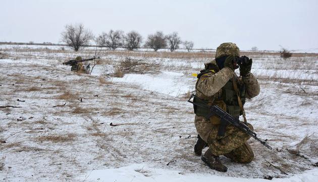 Автомобіль ЗСУ потрапив під обстріл на Луганщині - один загиблий, четверо поранених