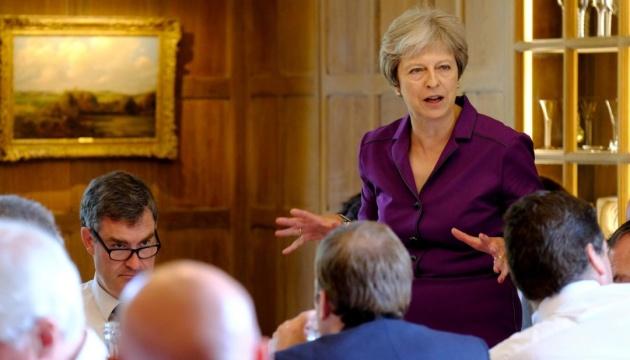 """У разі провалу голосування Brexit-угоди Мей має  подати план """"Б"""" за три дні"""