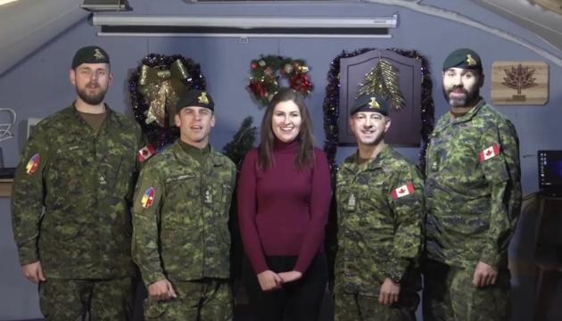 Канадські військові привітали українців із Різдвом