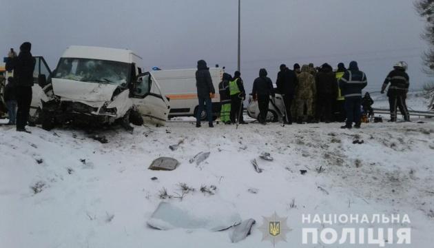 На Львовщине в ДТП погиб ребенок, еще трое травмированы