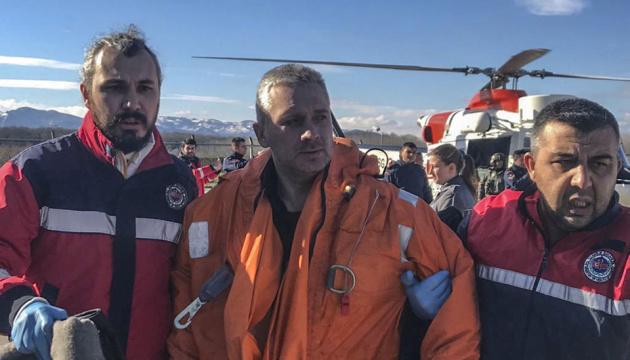 Четверо украинцев погибли при крушении судна у Турции