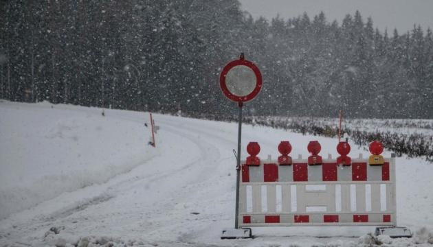 Жертвами снігопадів у Німеччині та Австрії стали дев'ять осіб