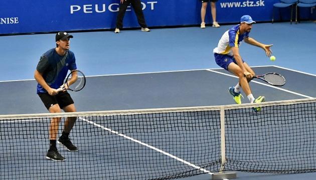 Молчанов вышел в 1/4 парного финала теннисного турнира в Канберре