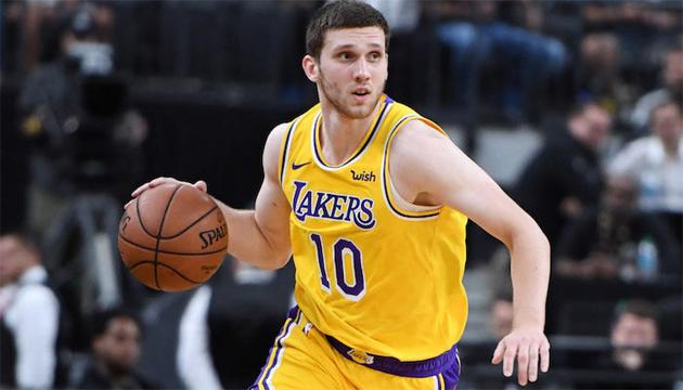 Баскетбол: Михайлюк отыграл 4 минуты за