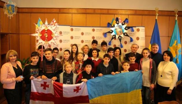 На Львівщину приїхали діти учасників бойових дій з Грузії та Херсонщини
