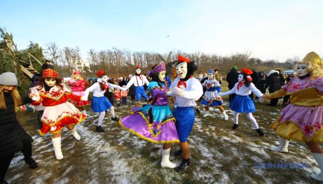 Буковинські маланкарі з'їдуться на фестиваль до Чернівців
