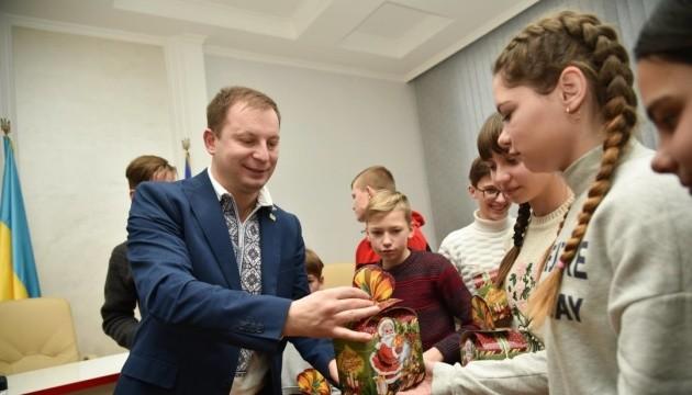 Дети с Востока Украины отпраздновали Рождество на Тернопольщине