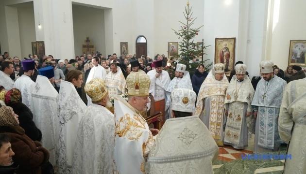ウクライナ正教会:ブコヴィナ地方の民族マイノリティは引き続きルーマニア語で礼拝可