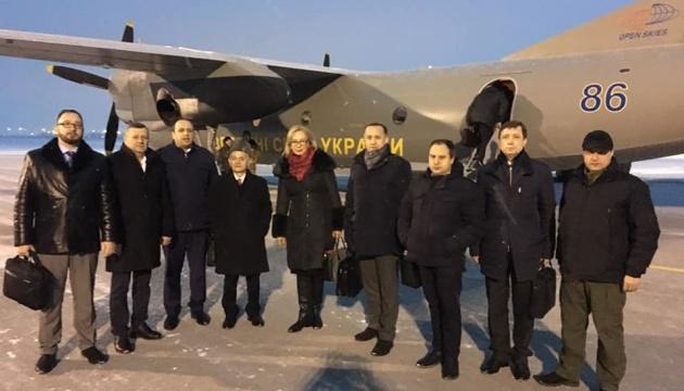 Денисова в Одессе встретится с родственниками военнопленных моряков